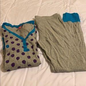 Set of pajamas